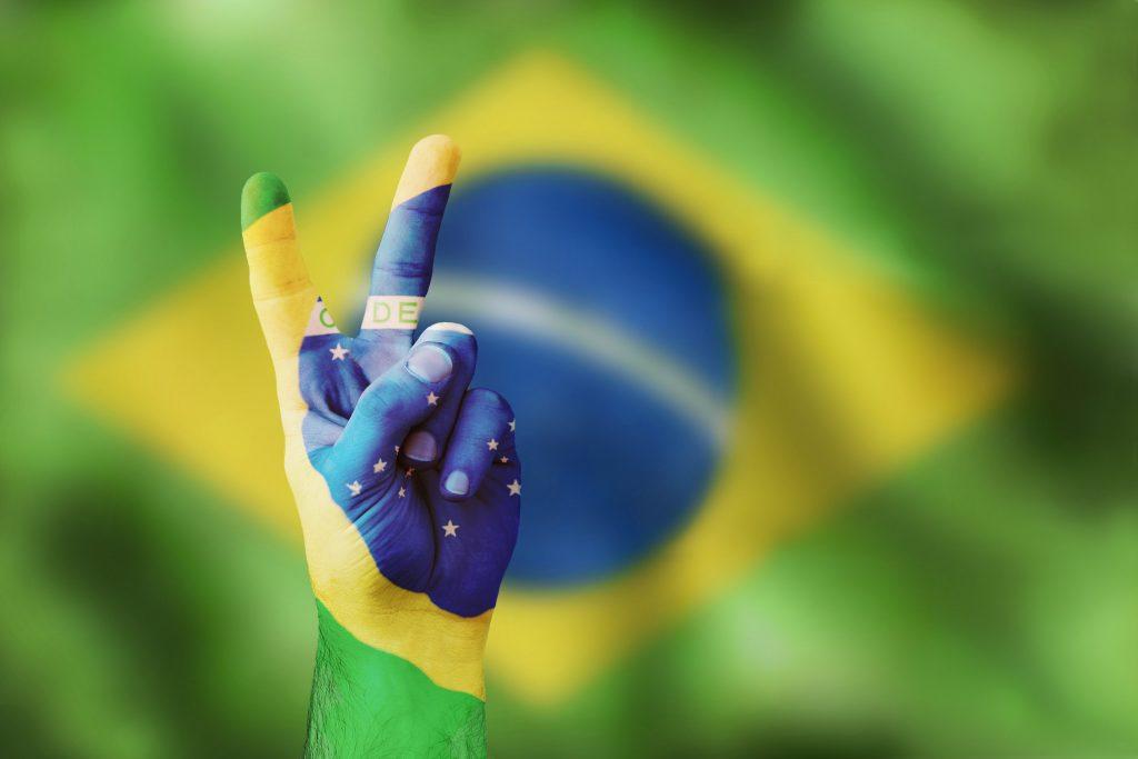 Brasil volta a crescer politica eua usa morar nos eua